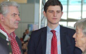 Frank Lehmann mit Julien Backhaus und Beate Sander