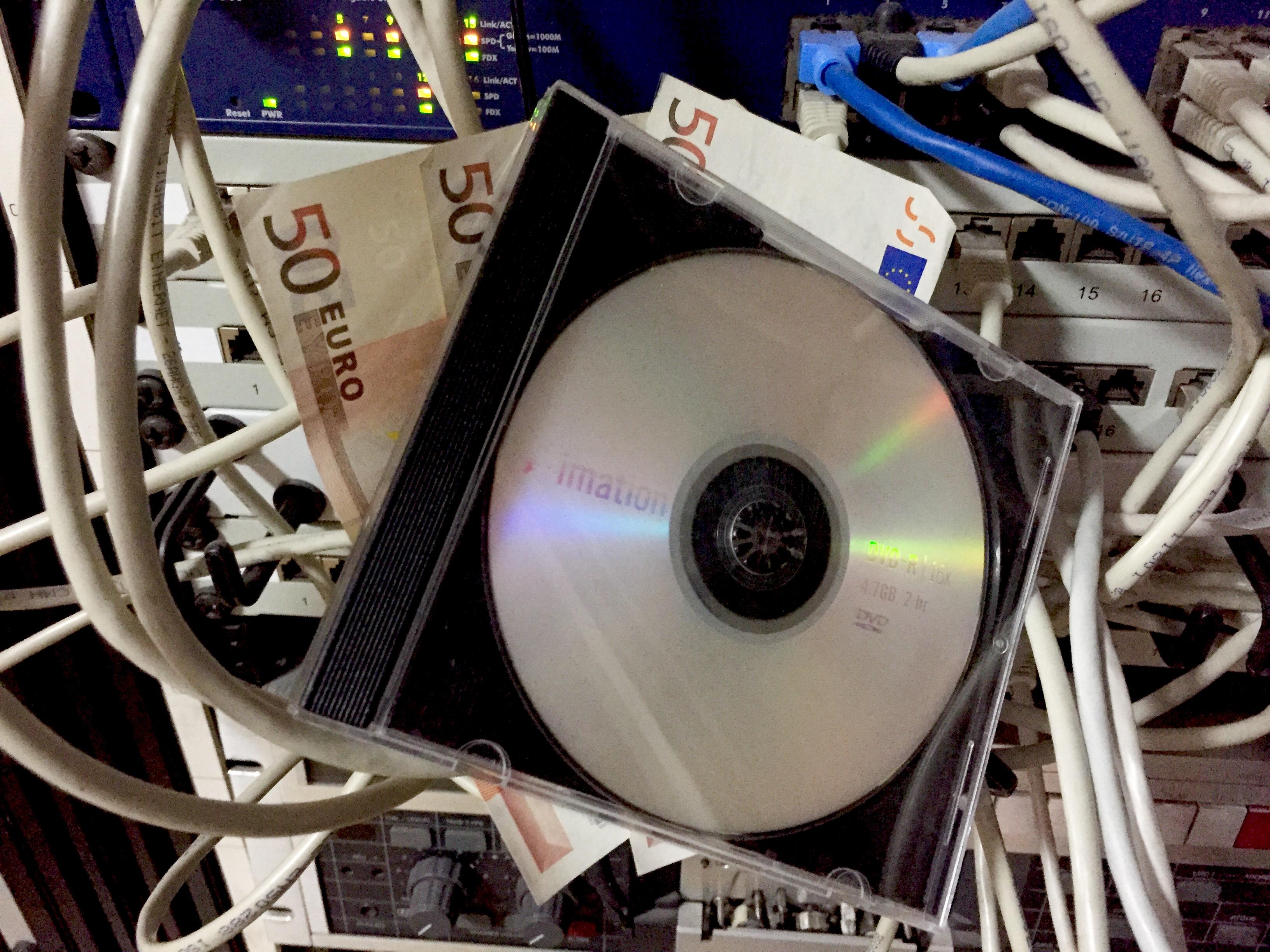 kauf von steuer cd nrw nimmt ber 1 8 milliarden ein wirtschaft tv. Black Bedroom Furniture Sets. Home Design Ideas