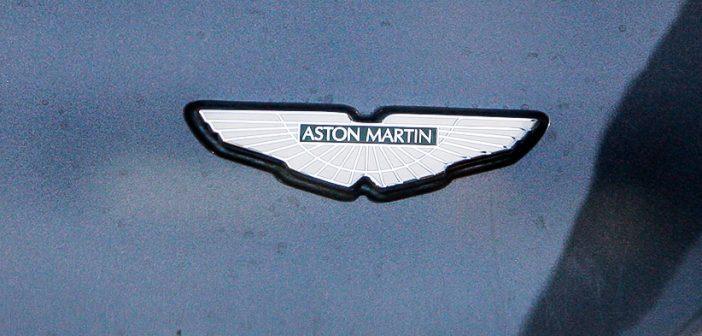 Aston Martin ,Aston-Martin, Logo auf Auto, Luxus Auto